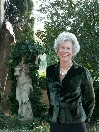 Susan M Roberts