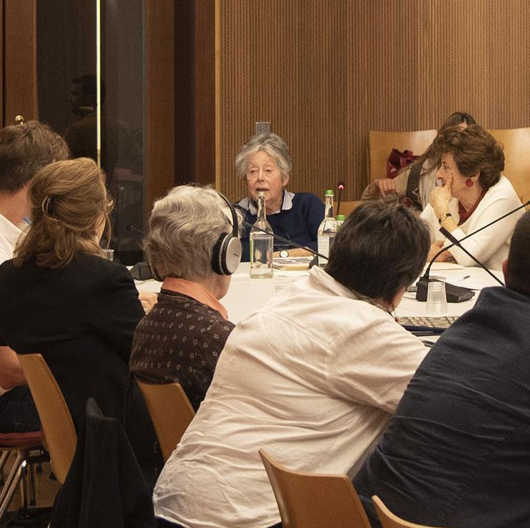 Research Associate Emiriti Eve Borsook during a conference