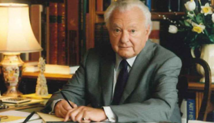 It is with great sadness that I Tatti shares the news of Professor Walter Kaiser's death on January 5, 2016, Director of Villa I Tatti from 1988-2002. Our thoughts are with his family at this time.