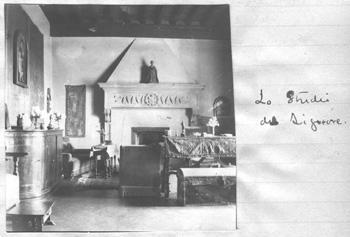 photograph of Bernard Berenson's studio