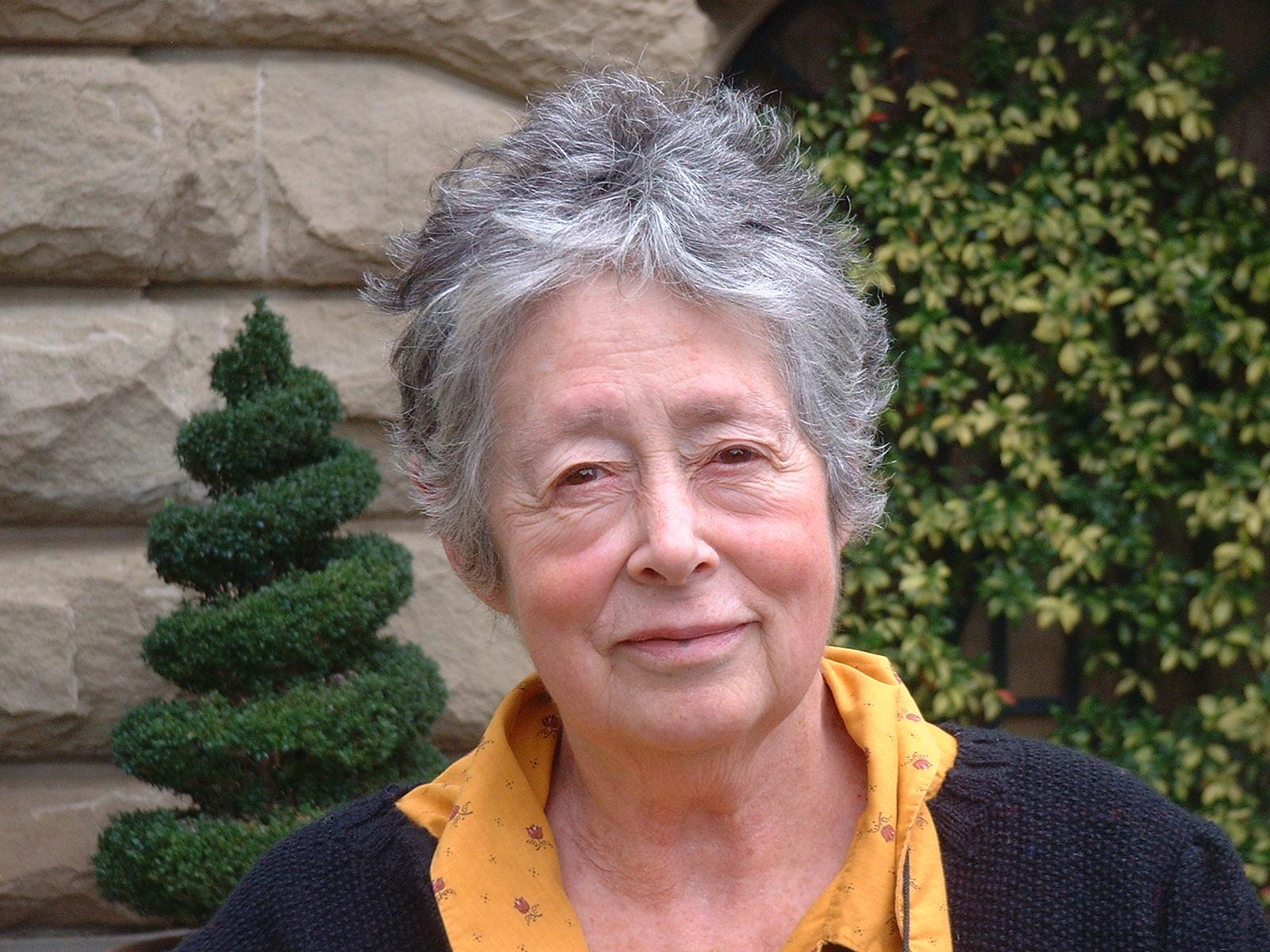 Eve Borsook