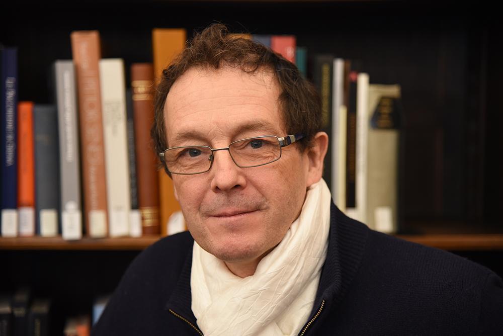 Portrait photo of Pedro Memelsdorff