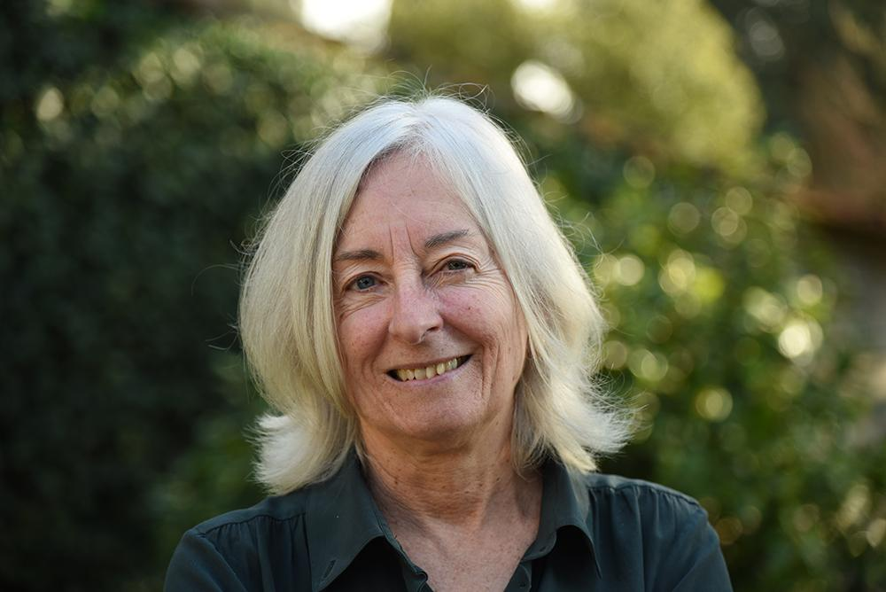 Portrait photo of Jane Tylus